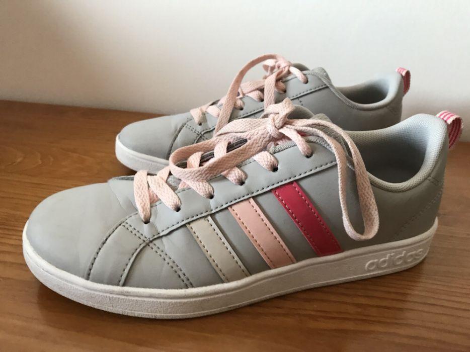 292ad602235 Adidas - Calçado em Montijo E Afonsoeiro - OLX Portugal