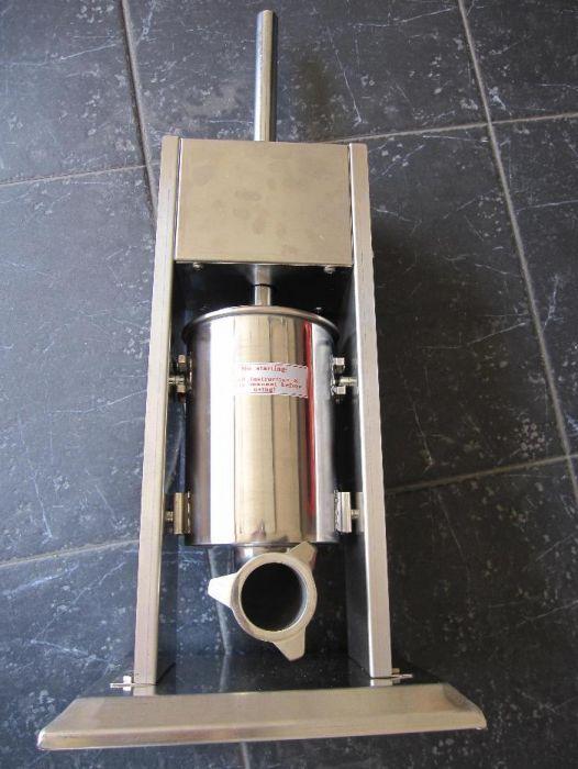 d8da46d31 Máquina de enchidos 5L em inox Penafiel • OLX Portugal
