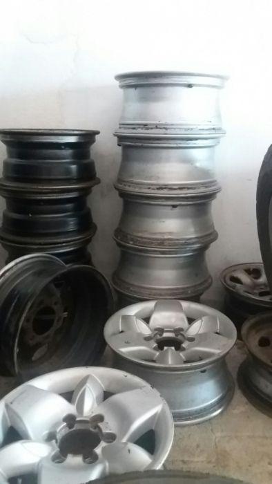 Jantes e pneus Nissan terrano II ou Navara d22
