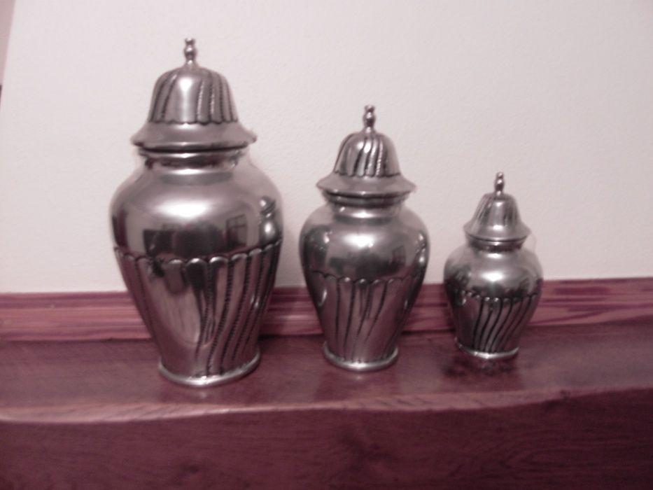 conjunto de potes de decoração