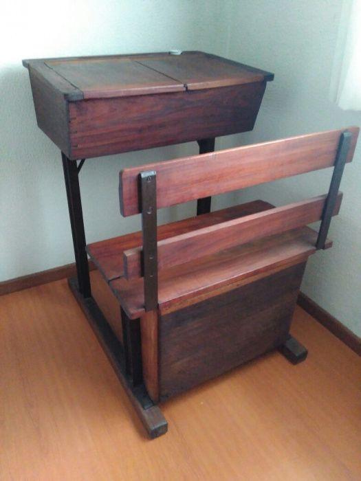 Escrivaninha antiga/secretária