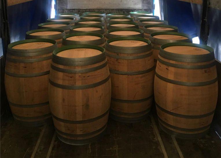 Barricas/Barril/Pipos avinhados madeira de carvalho 225 litros Bougado (São Martinho E Santiago) - imagem 1