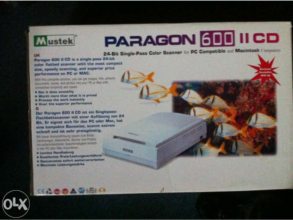 Scanner Mustek Paragon 600 CD na caixa