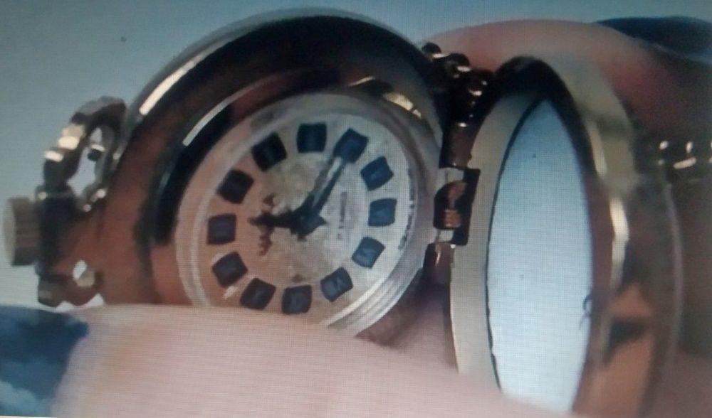 Продать чайка часы кулон швейцарские б в спб продать часы у