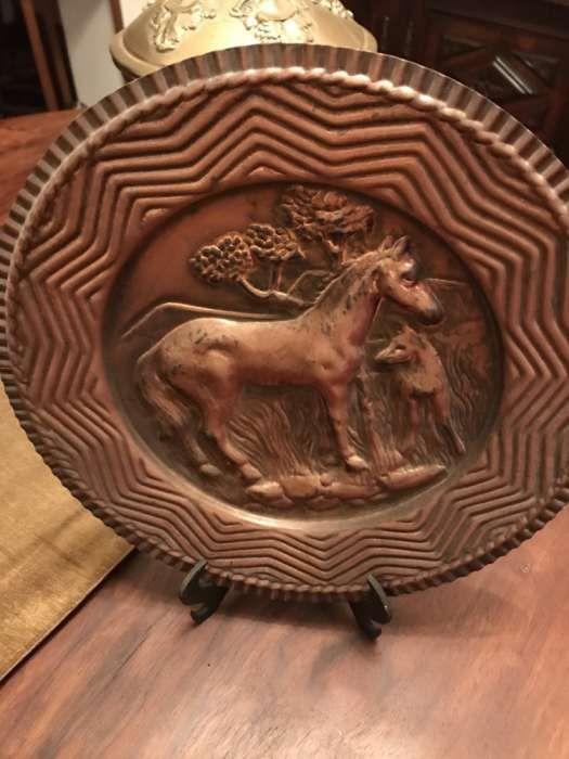 Bandeja em cobre gravado 45cm