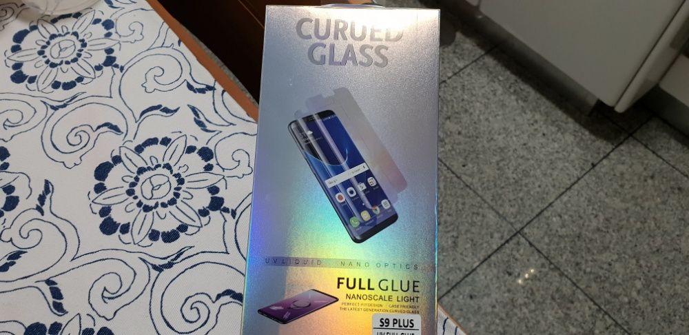 Película de vidro temperado Samsung s9 plus adere totalmente ao ecra