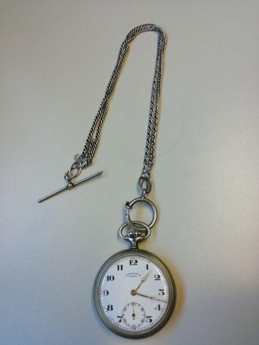 1cd0af1cf56 Relógio de bolso antigo com corrente