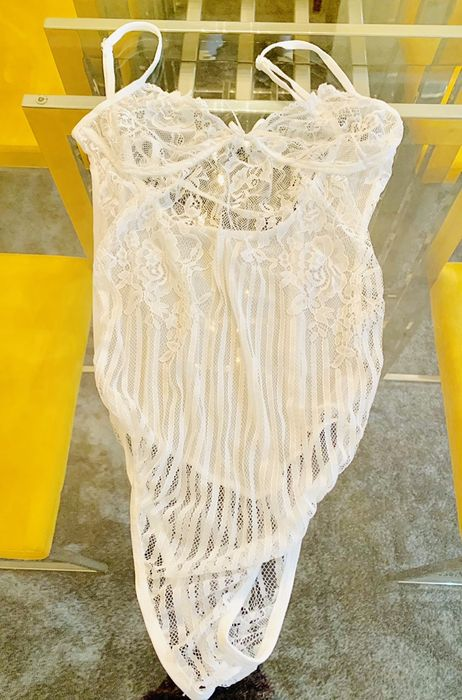 Body branco novo/body rosa novo (ofertas loja online)