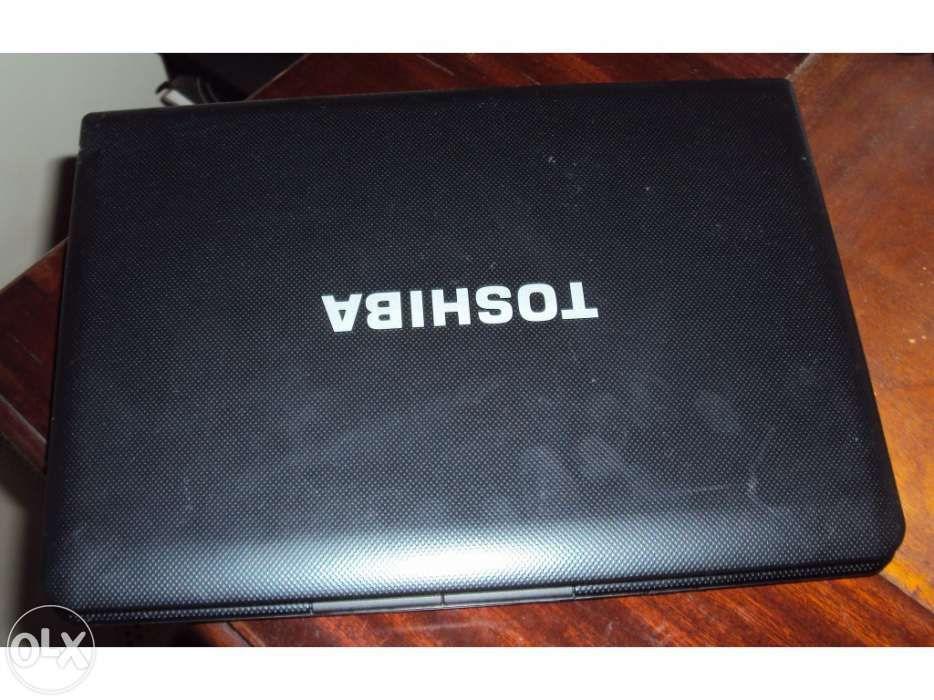 Net book toshiba mini nb500 series