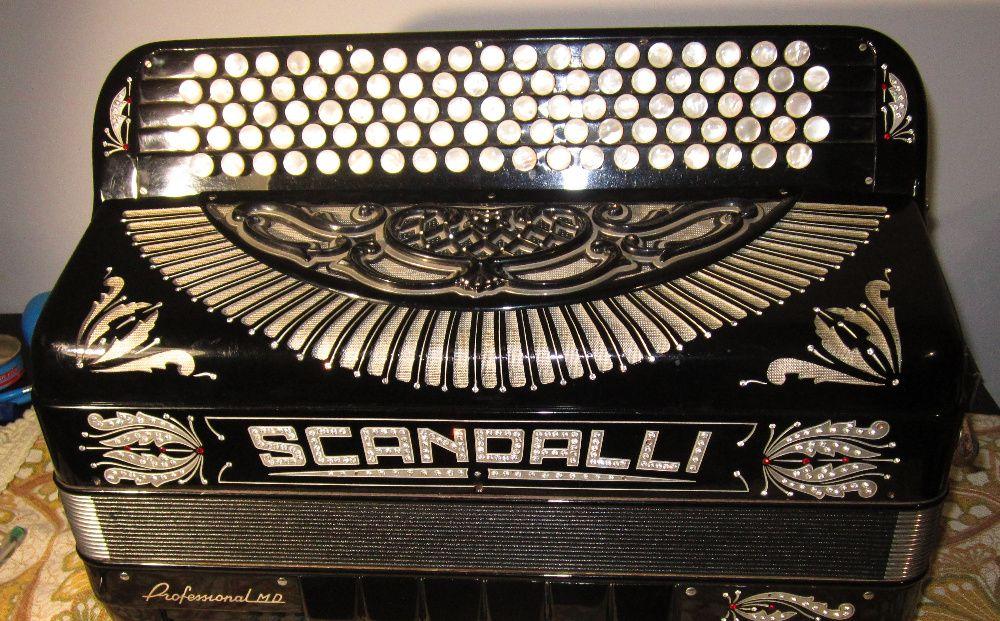Scandalli -acordeão legendario