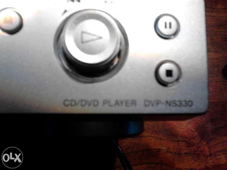 Leitor de Dvd e BlueRay - Sony NS330