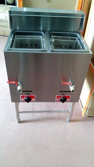Fritadeira Industrial 14+14L a Gás Nova