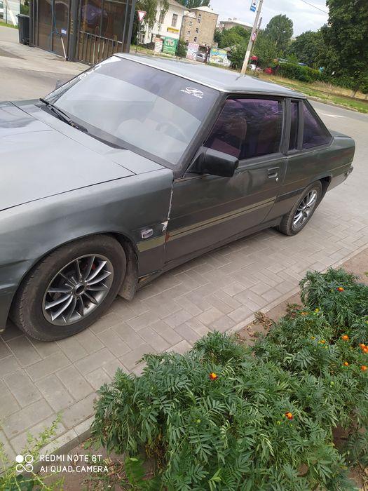 Продам авто Мазда 929 ма
