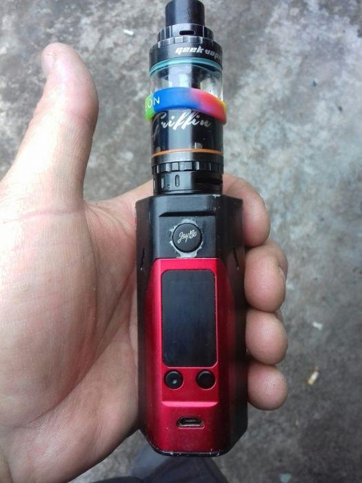 Где в славянске купить электронную сигарету донской табак сигареты купить оптом в москве