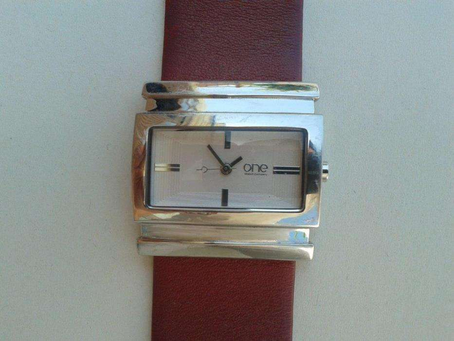 52ff8302061 Relógio One OL4780BV120 senhora (semi novo)