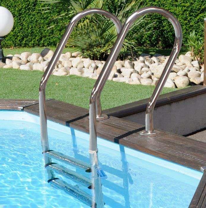 Escadas em inox Novas - 3 degraus para piscinas enterradas ou Madeira
