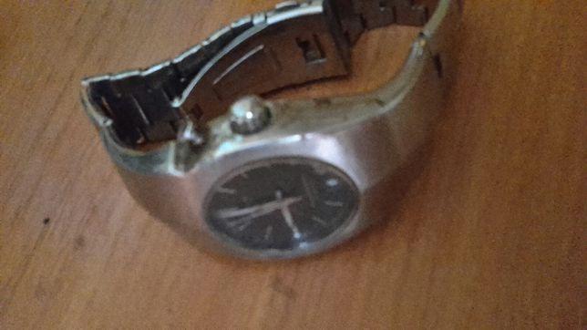 Харьков продам часы casio швейцарские часы в минске продать