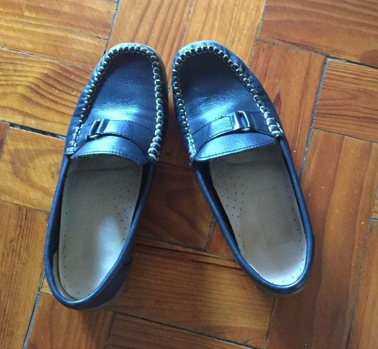 7e89909dde Sapatos de vela em pele azul escuro. Tamanho 37