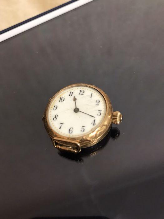 Золотые ссср продам часы такси стоимость москва часа