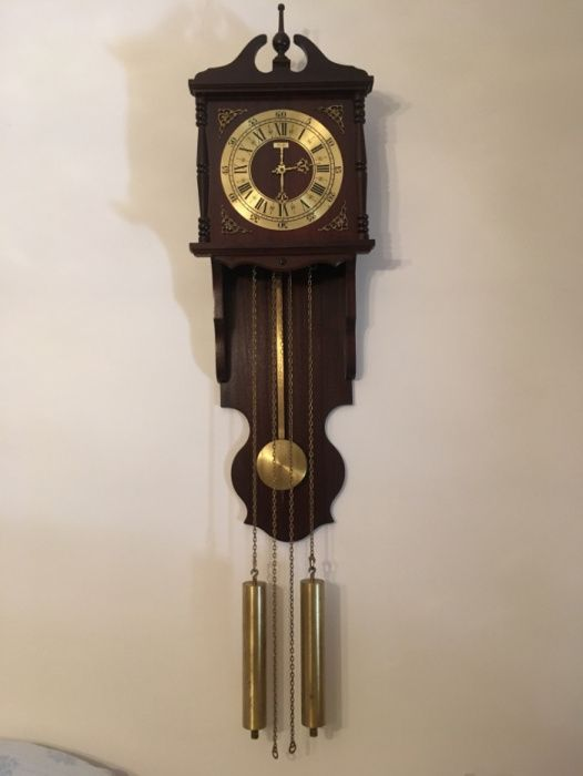 afa29b18383 Relógio Antigo de Pêndulo - Santa Iria De Azoia