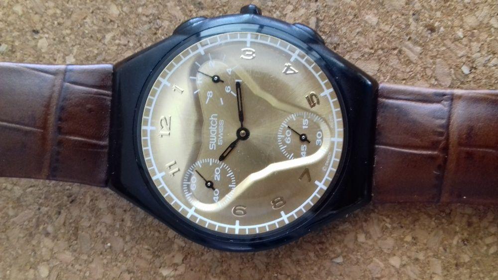 Relógio Swatch - ultra fino com pulseira em pele