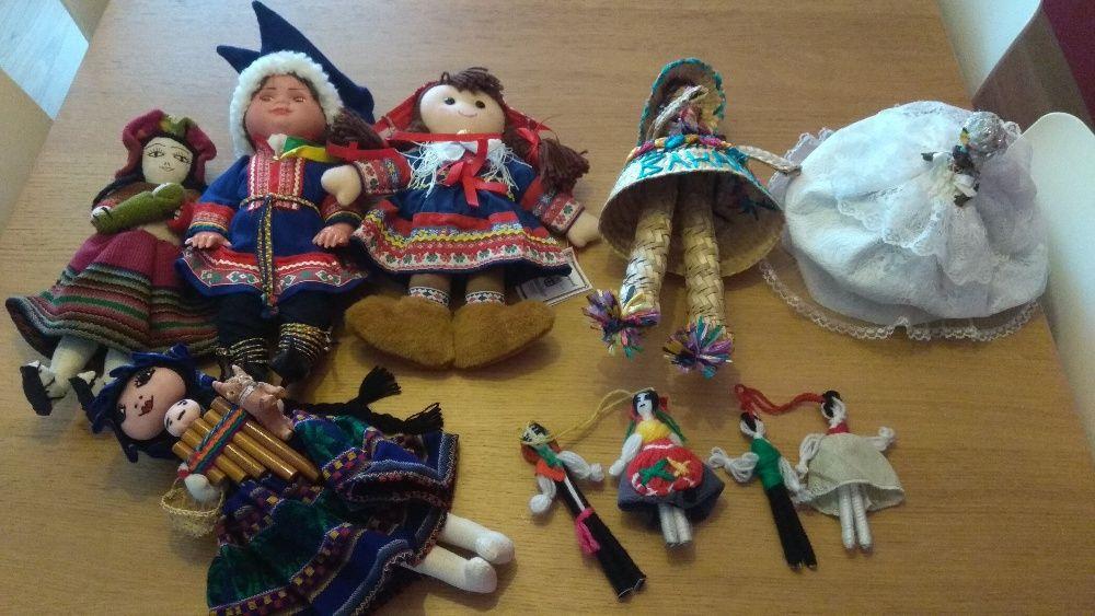 Coleção de Bonecas Tradicionais de vários Países
