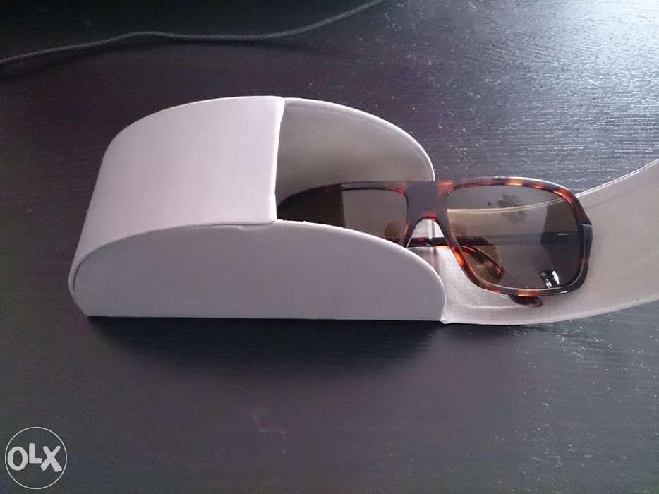 Oculos De Sol Carolina Herrera - OLX Portugal ccbca0c1fa