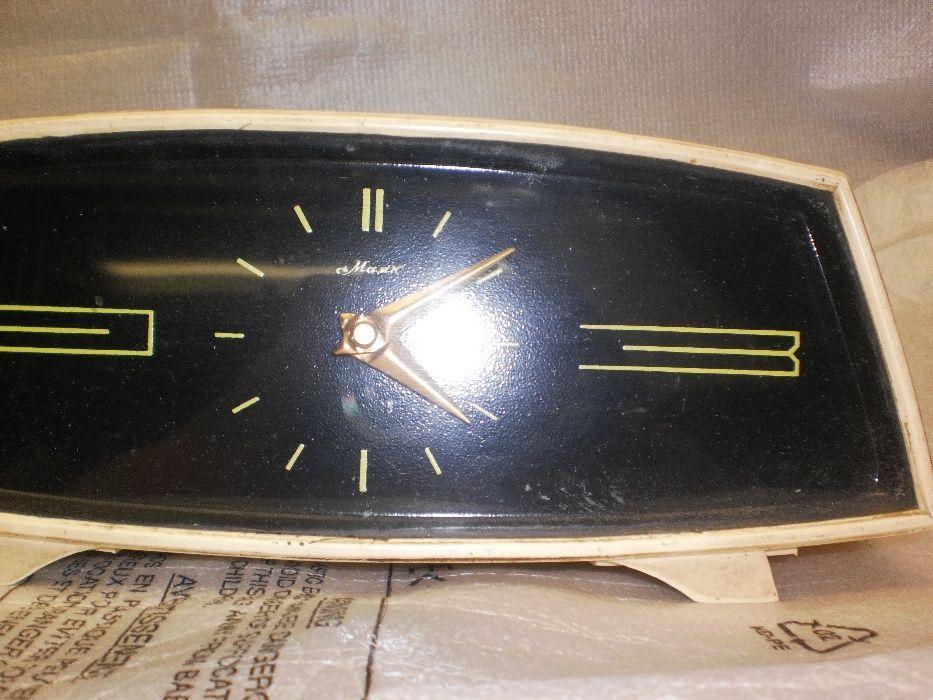 Маяк продам ссср часы настольные ломбард часов мост кузнецкий