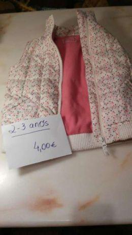 Blusão sem mangas para menina de 2 anos