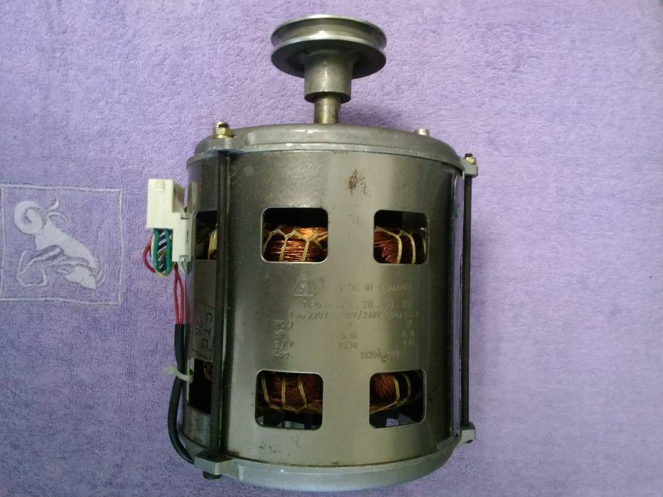 Продам электродвигатель от стиральной машины с блоком управления