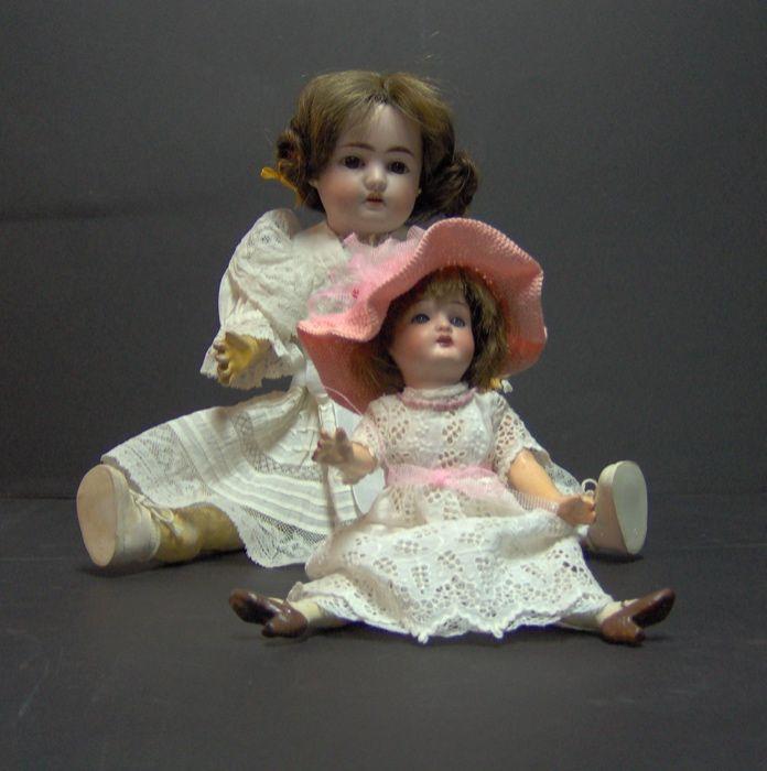 2 Bonecas antigas de colecção