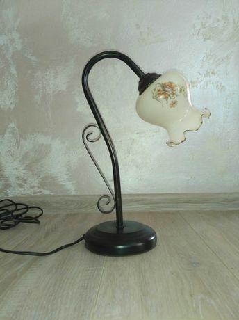 Lampka , lapa secesja - nocna  z  szklanym  kloszem - art deco