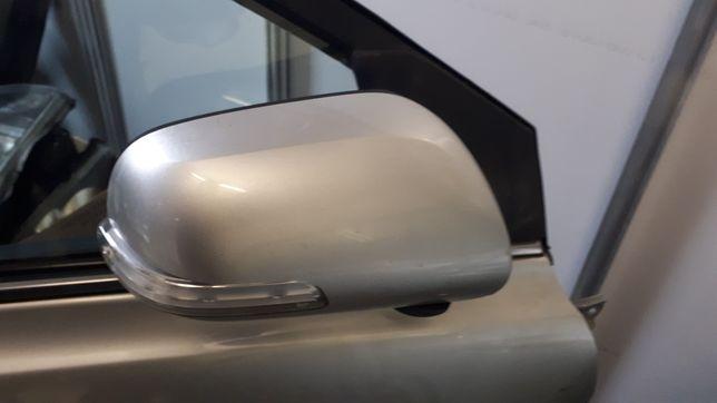 Lusterko toyota avensis t 25 lift