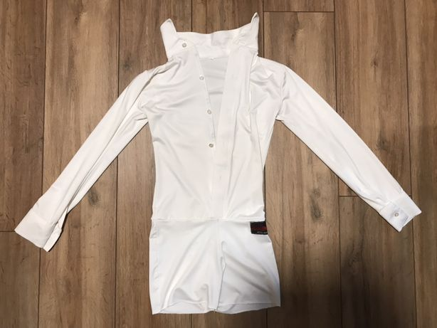 Танцеваньная рубашка + брюки + бабочка (AcademiAc ,почти новые)