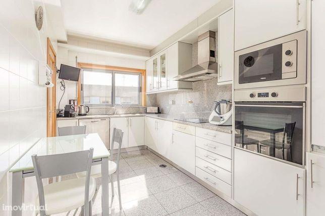 Apartamento T3+1 * Águas Santas * Milanesa