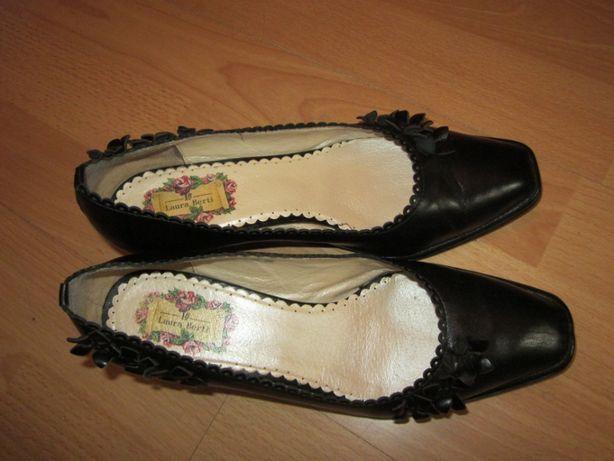 Туфли черные кожа, маленький каблук, размер 36