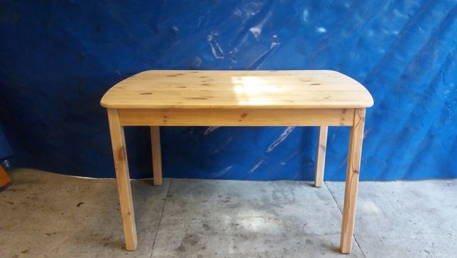 Stół sosnowy przetarty