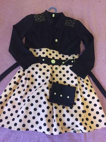 Платье на девочку лет 8