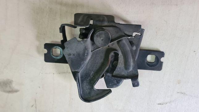 Zamek maski pokrywy silnika Seat Ibiza 2 II lift