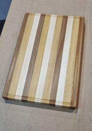 Tabuas de corte em madeira