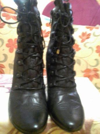 Прлдам кожаные ботиночки