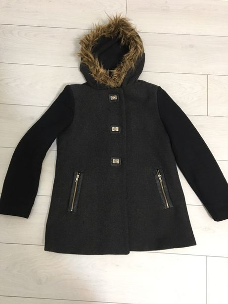 Пальто -куртка Colin's