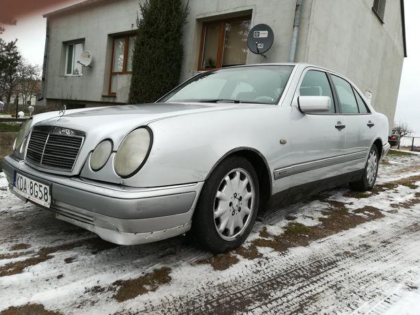 Mercedes e w210 186 km
