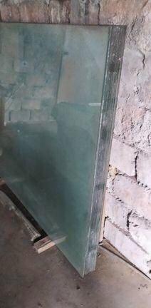 Скло лист радянського виробництва 4 мм 1,3х1,6 м, стекло