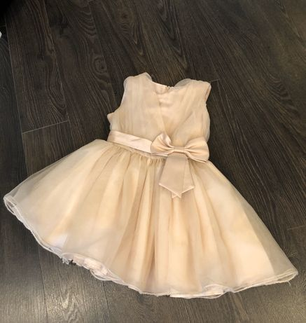 Продам нарядное платье для выпускного в садик / на праздник