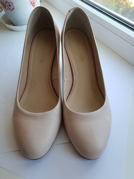 Туфли кожа нат. 39
