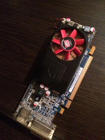 Видеокарта ATI Radeon hd 6570 , 1 gb памяти , DDR3 .