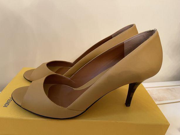 FENDI оригинальные туфли S:40