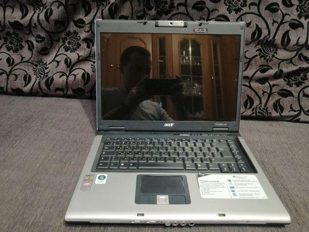 Ноутбук Acer TravelMate 5515WLMi на запчасти или восстановление
