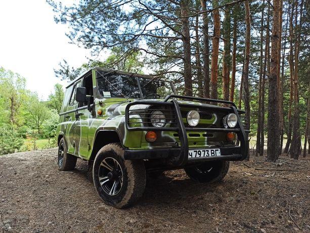 автомобиль УАЗ  3151